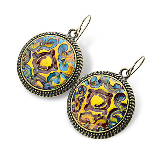 Oval Cloissonne earrings to match the oval Cloissonne pendant.